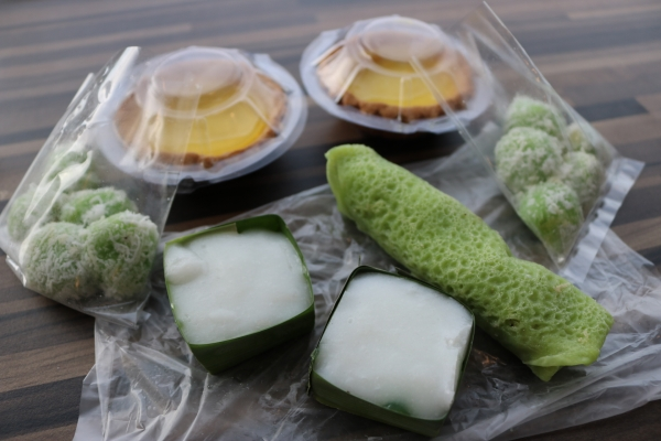 Sweet Treats from Homemake Stall 101