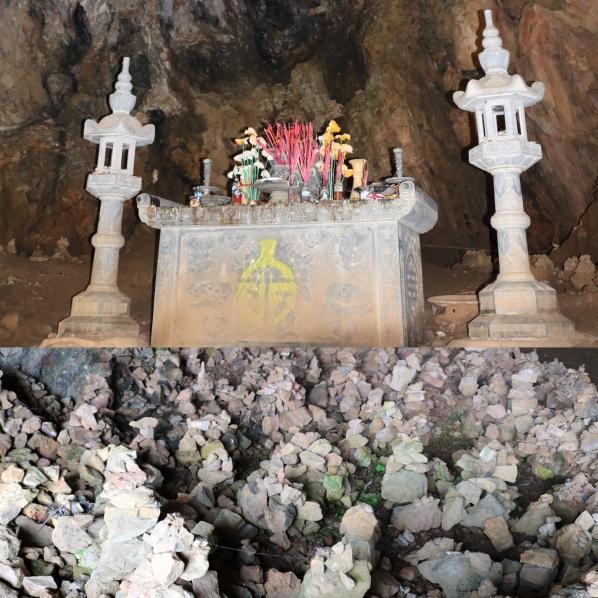 Plain of Jars_Site 1 Cave_Phonsavan_Laos