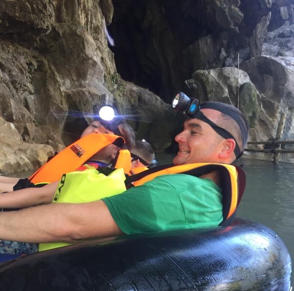vang-vieng_laos_cave-tubing.jpg