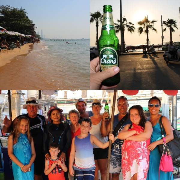 Family Day at the Beach_Jomtien_Thailand