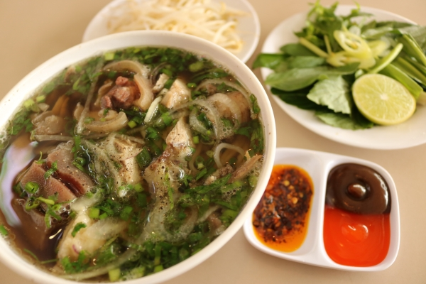 Phở đuôi bò_HCMC_Vietnam