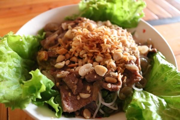 The 25 Klub_Cat Ba Island_Vietnam