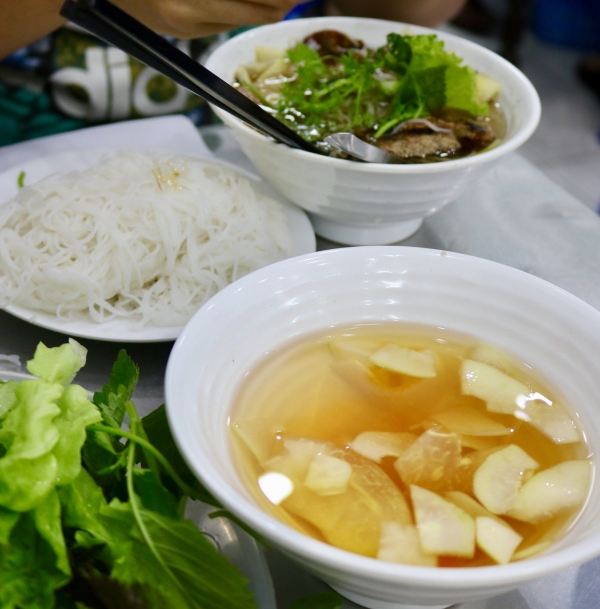 bun-cha-huong-lien_ha-noi_vietnam.jpg