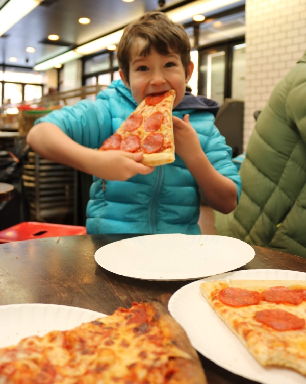 2-bros-pizza_new-york-city_new-york_america.jpg