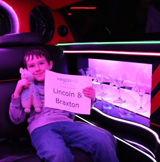 braxton and rabbi in a limo_las vegas_nevada_america