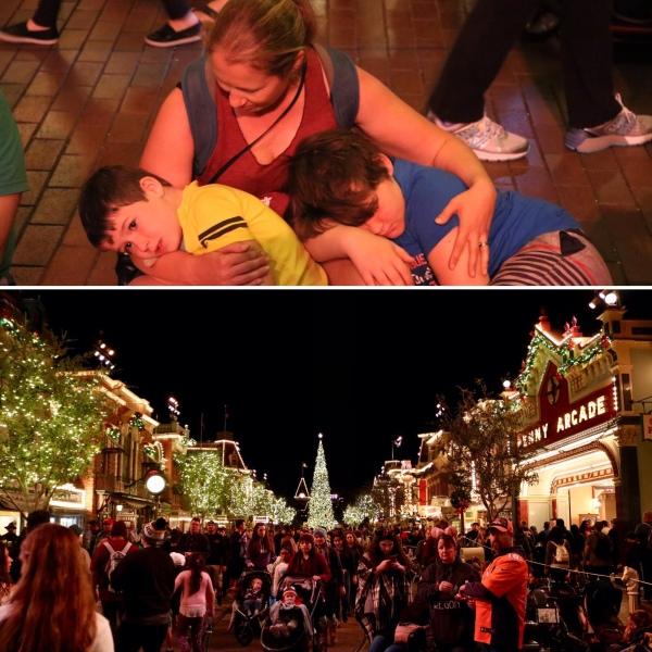 Disneyland at Night_Anaheim_California_America_2