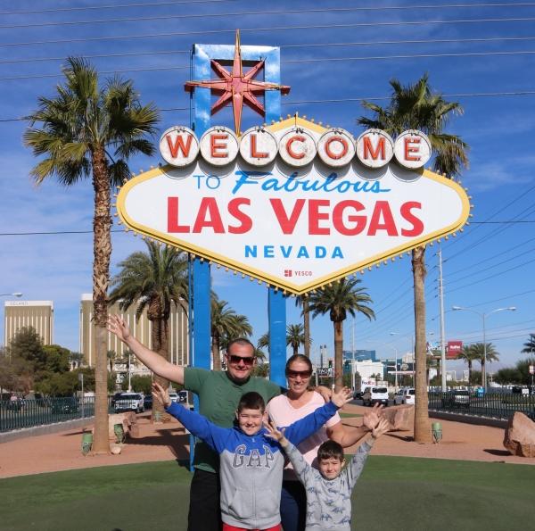 The Las Vegas Sign_Nevada_America